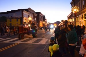 Christmas Parade @ Main Street